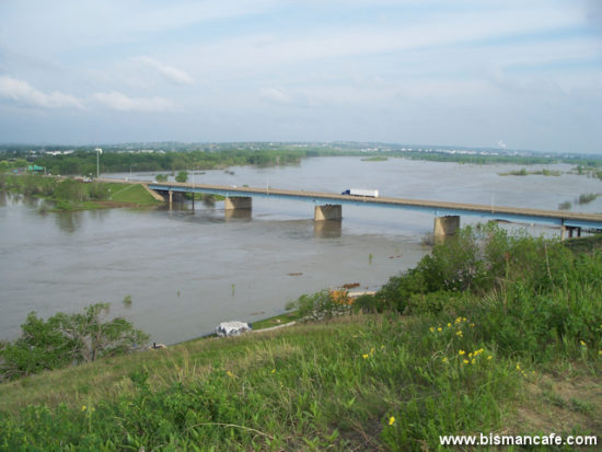 Missouri River scene on June 4, 2011