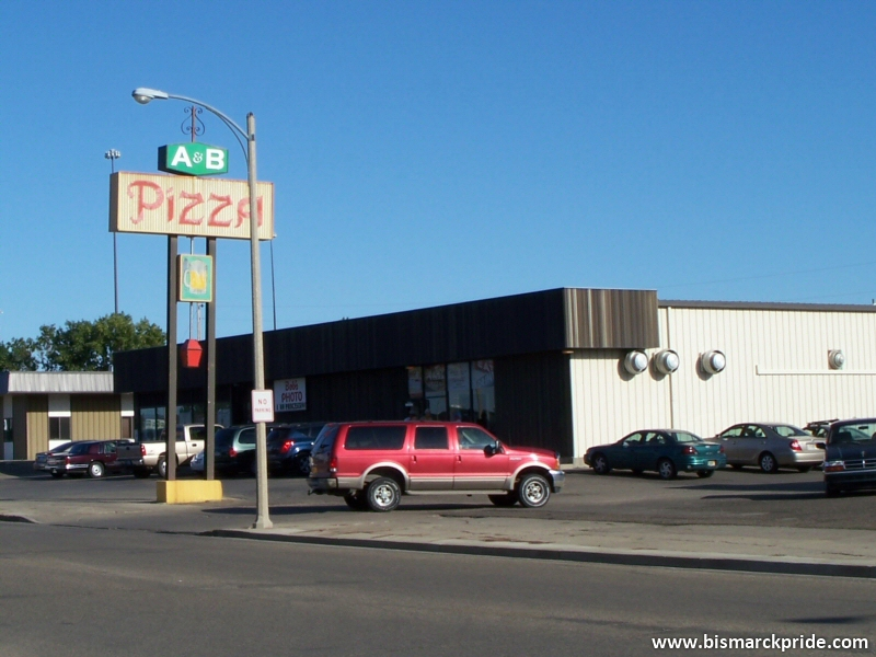 A & B Pizza (North Bismarck)