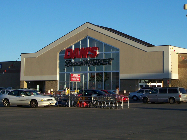 Dan's Supermarket (North)