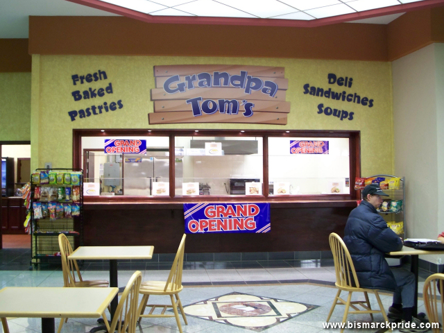 Grandpa Tom's at Gateway Fashion Mall