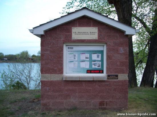 1952 Flood Marker