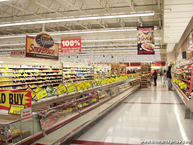 Cash Wise Foods Interior