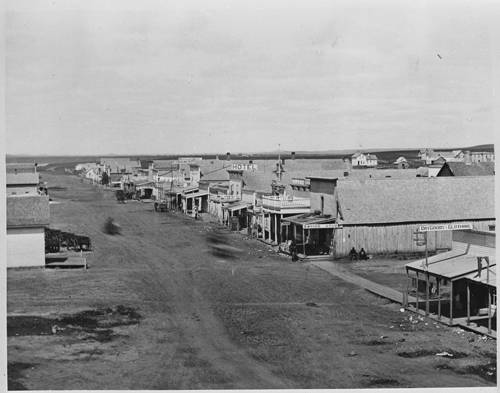 Bismarck's Main Avenue in 1877