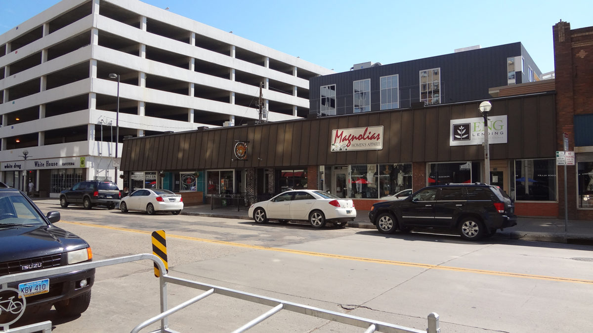 Laughing Sun Brewing and Fireflour Pizza - Downtown Bismarck July 2014