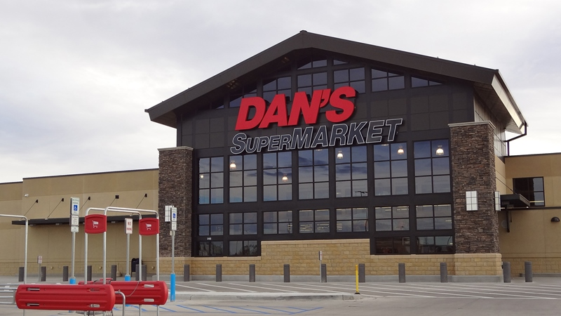 Dans Supermarket at Sunrise Town Centre
