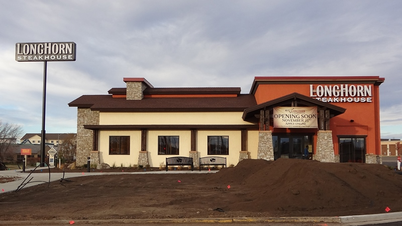 Longhorn Steakhouse at Gateway Mall (3)
