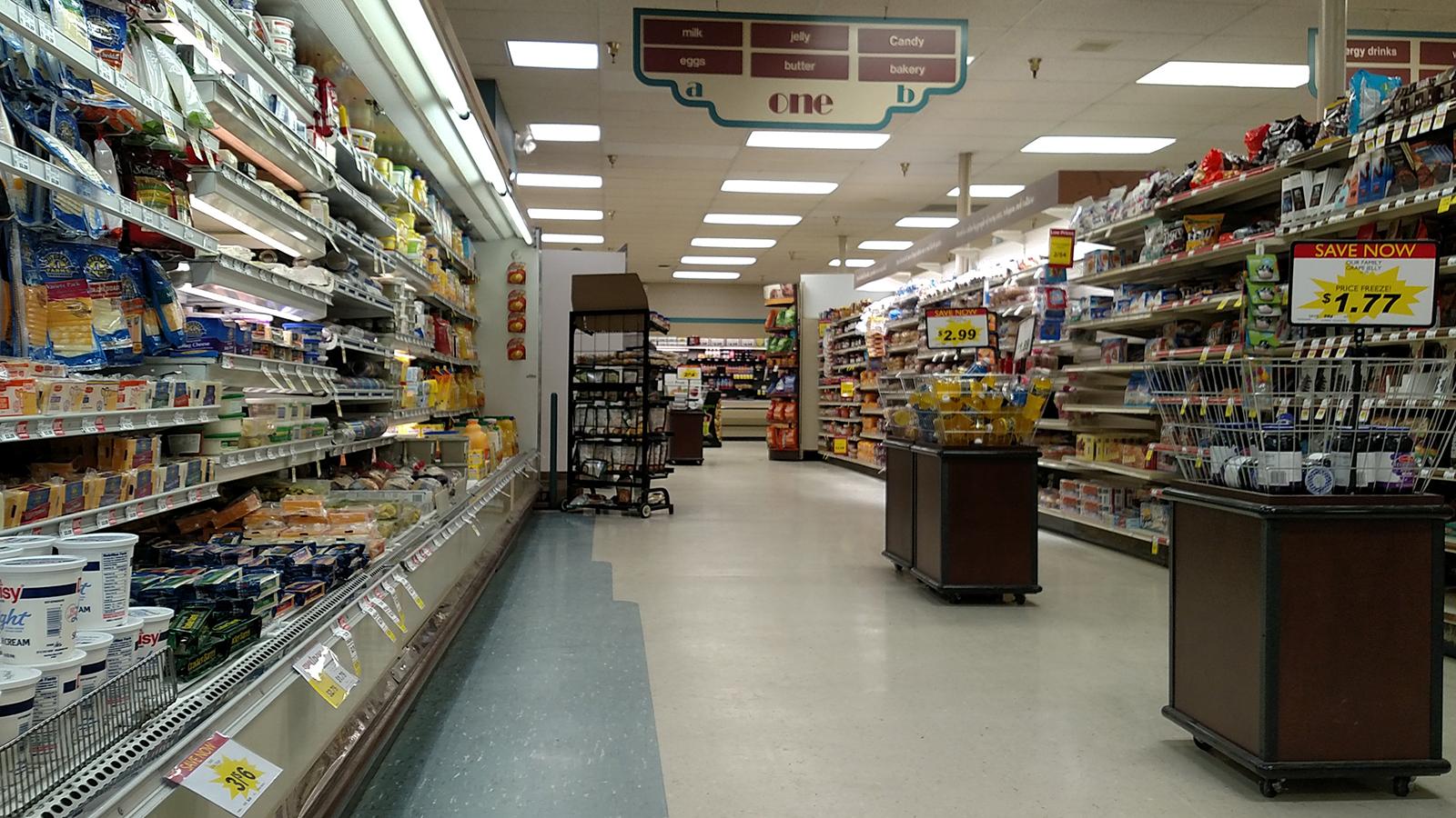 Arrowhead Dan's Supermarket interior in 2018